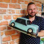 model auta a dortovy tata