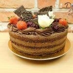 cokoladovy dort s jahodami 1