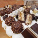 kremovy dort plny cokolady
