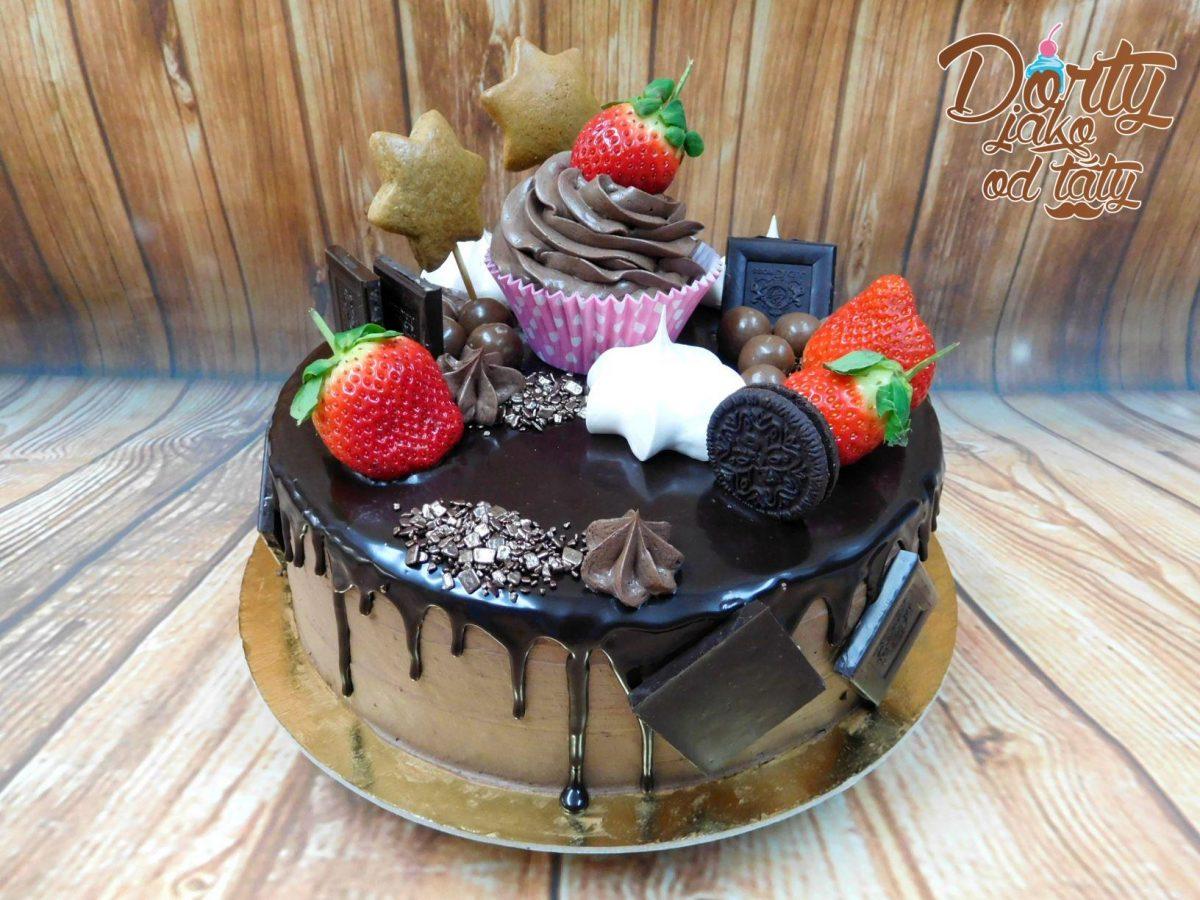 dort cokoladovy stekany s muffinem