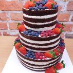 nahy svatebni dort ovocny