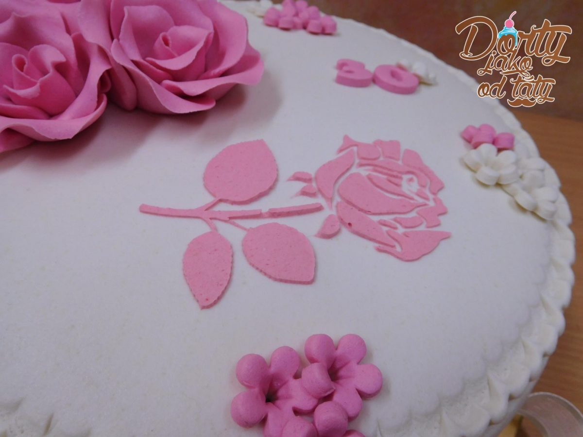 stencil na dortu ruze
