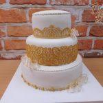 zlata krajka dort svatebni
