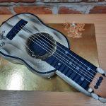 dort bila kytara